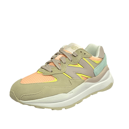 Tênis New Balance 57/40 Bege Rosa Candy Color